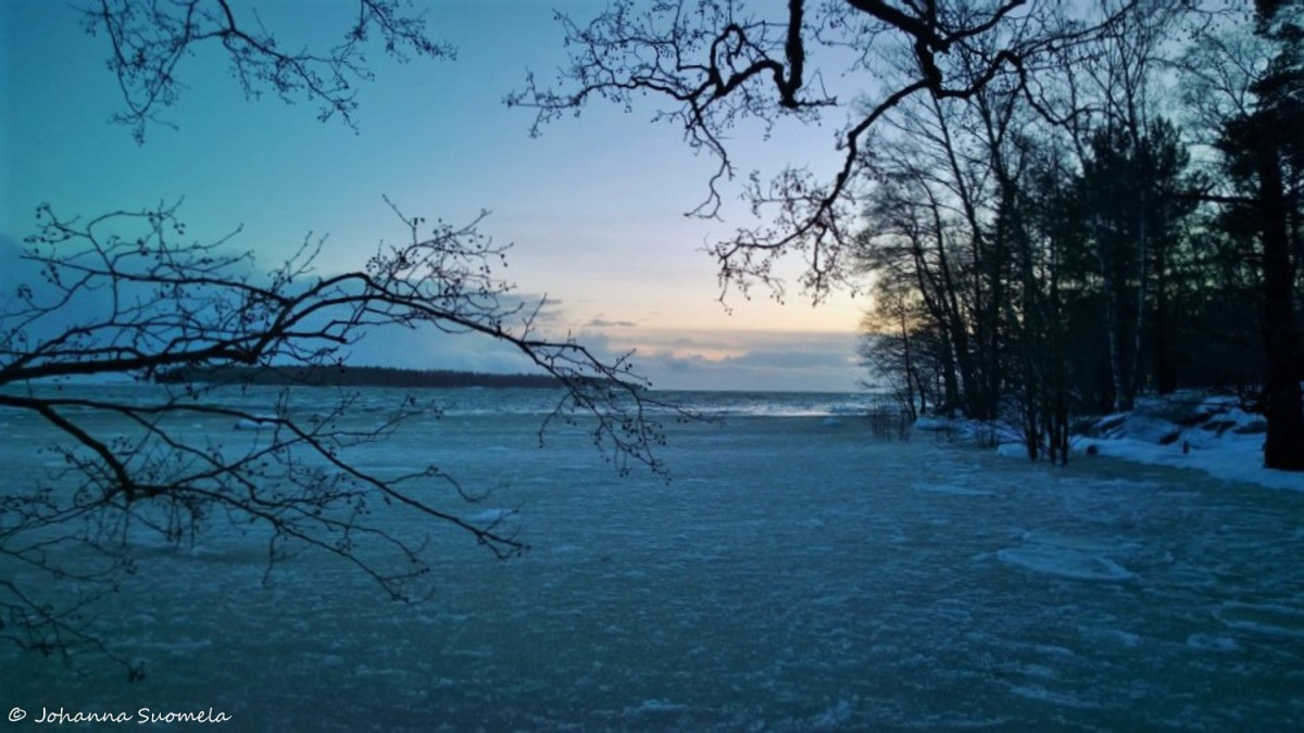 Auringonlasku Helmikuu