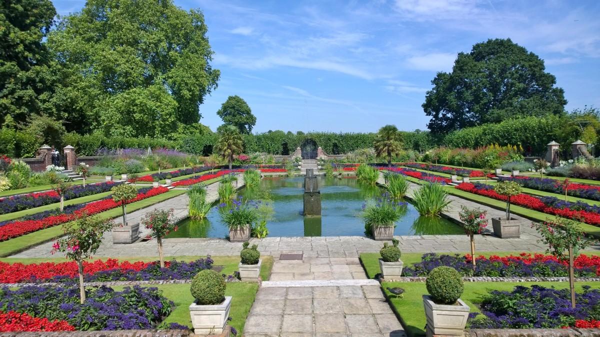 KensingtonGardens Sunken garden