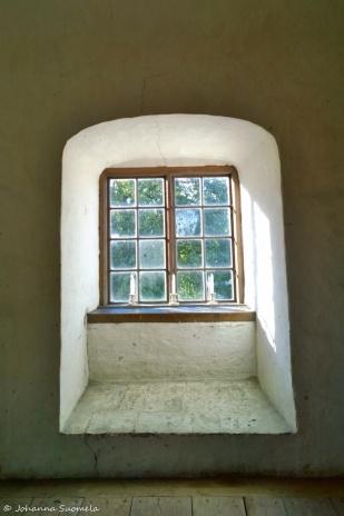 Kuitia Qvidja linnan ikkuna
