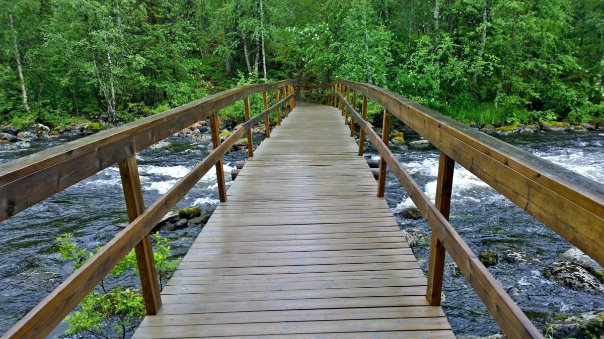 Pieni karhunkierros, Putaansaaren silta