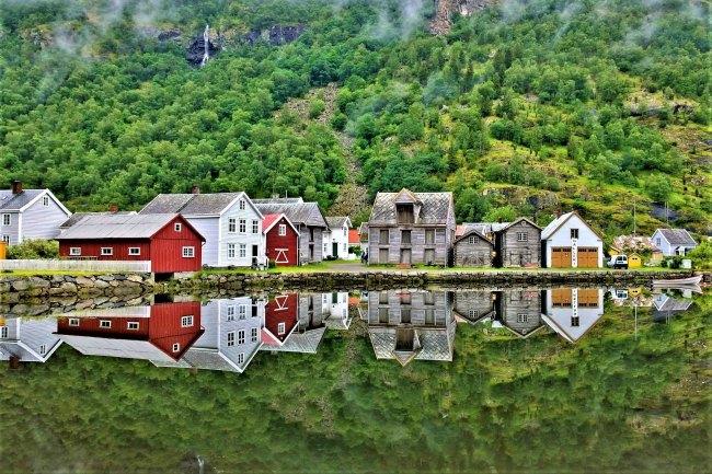Matkamessulippuarvonta Laerdal Norja
