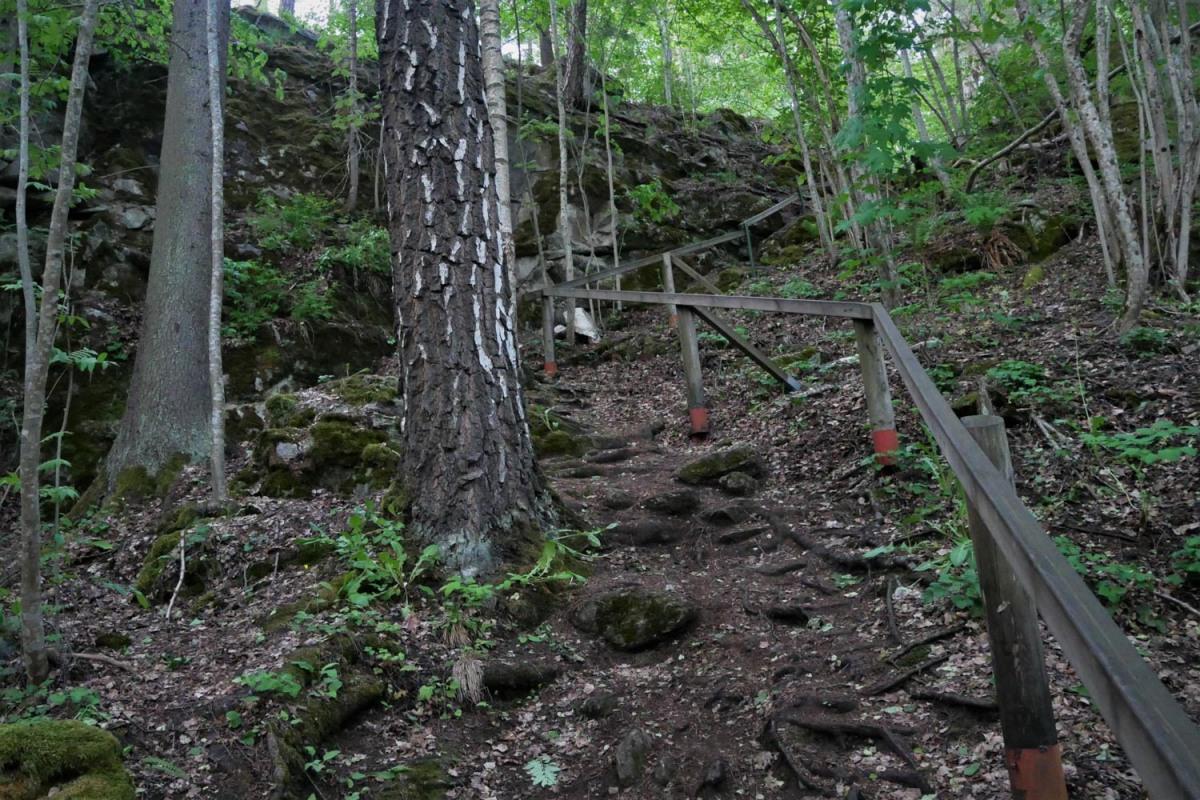 Torholan luola luontopolku