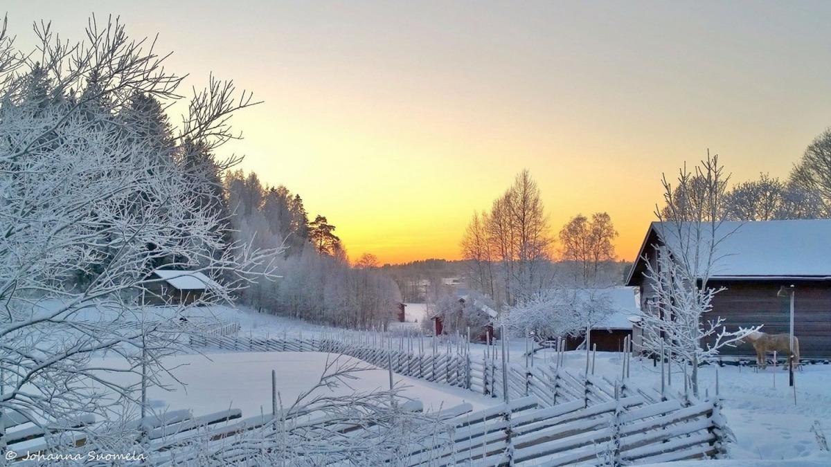 Glims talomuseo auringonlasku